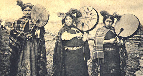 Mapuche machis—healers and shamans—photographed in 1903