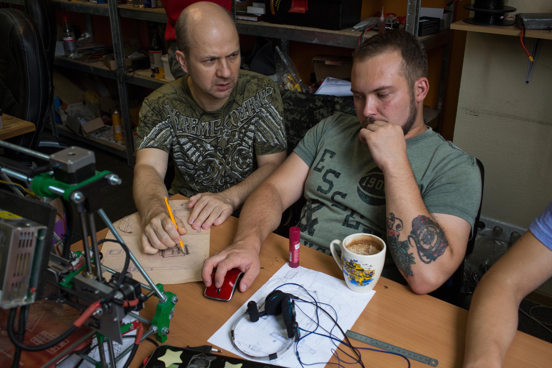 Andrei Puliaev and engineer Maksim Kvasha