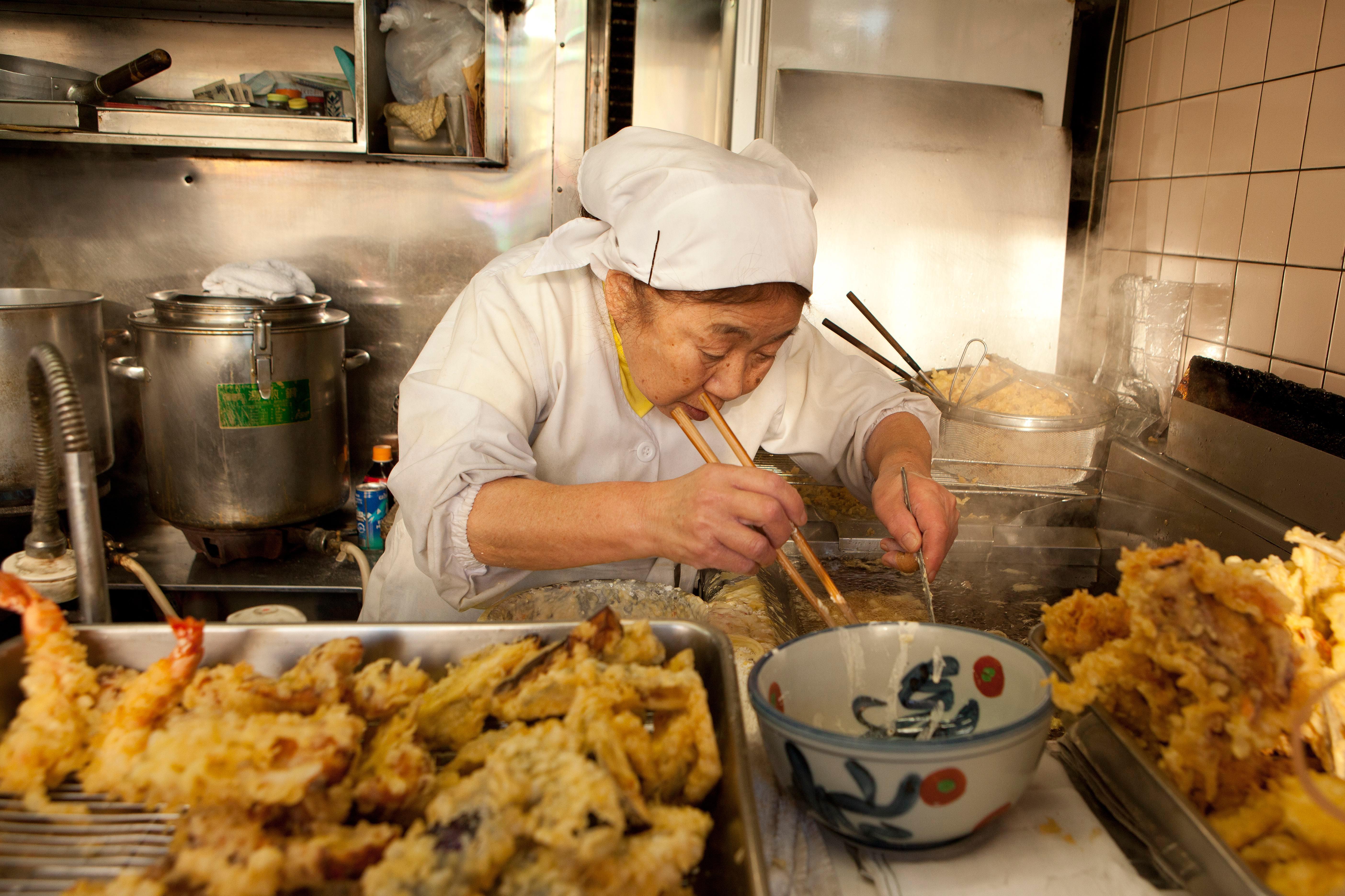 Preparing tempura in Tokyo