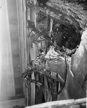 70 Years Ago A B 25 Bomber Crashed Into The Empire State Building