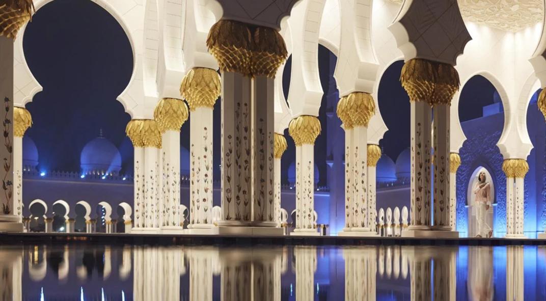 Abu Dhabi Sheikh Zayed Grand Mosque