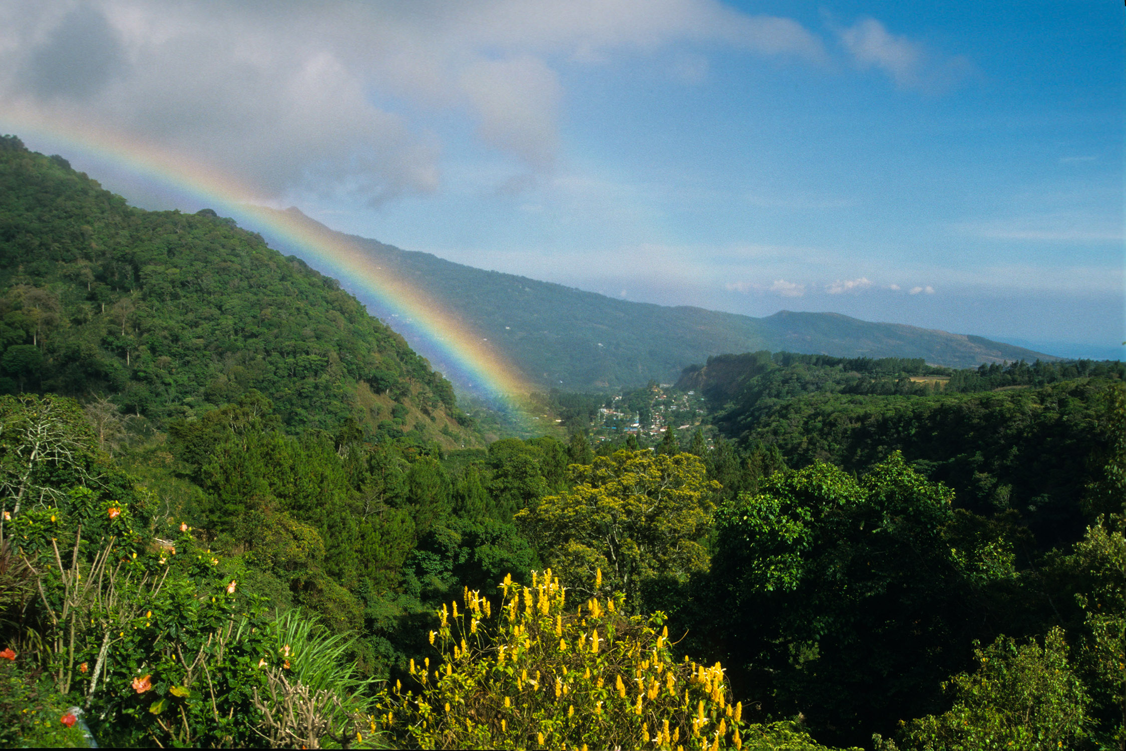Rainbow in Boquete 2.jpg