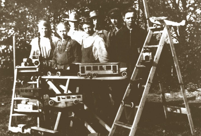 The original Lego crew