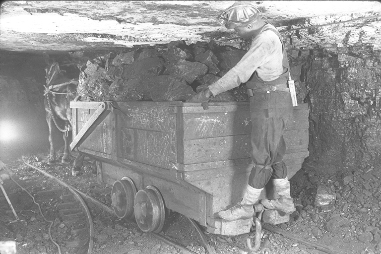 Old time coal image