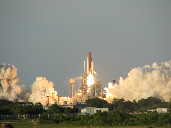 Space travel has been associated with substantial air pollution