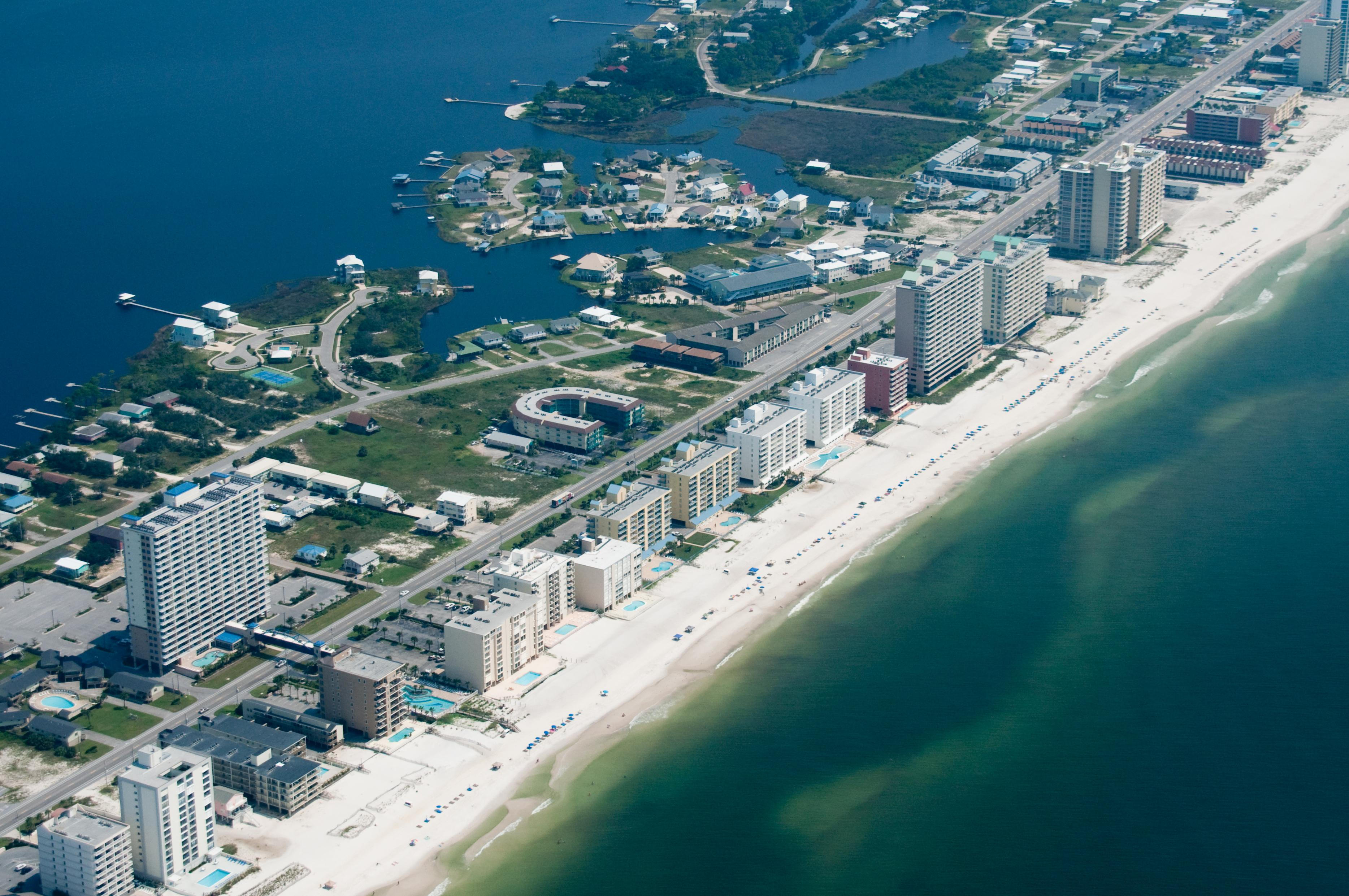 2 Wake Up To A Waterfront View Istock 182925200 Jpg At Gulf Ss And Orange Beach