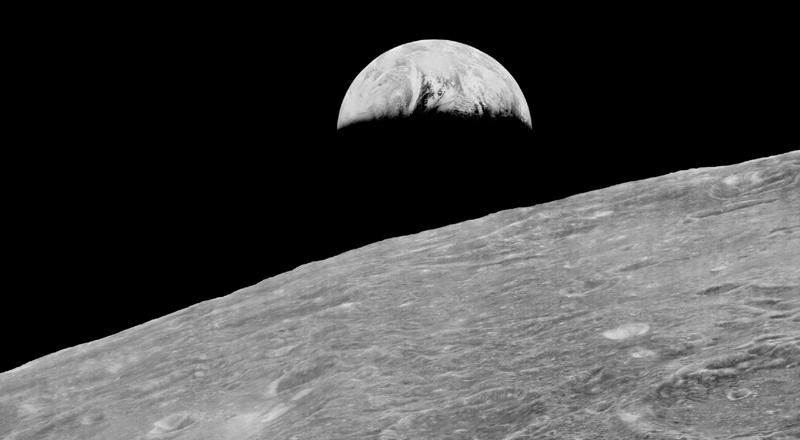 Earthrise Lunar Orbiter.jpg