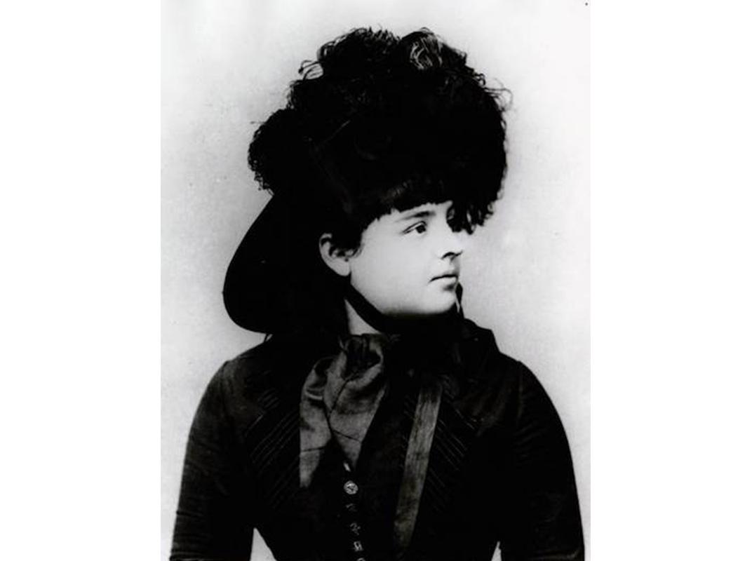 Lillian Smith, probably age 15