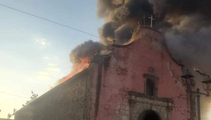 Fire at 16th-Century Mexican Church Prompts Debate Over How to Protect Cultural Heritage image